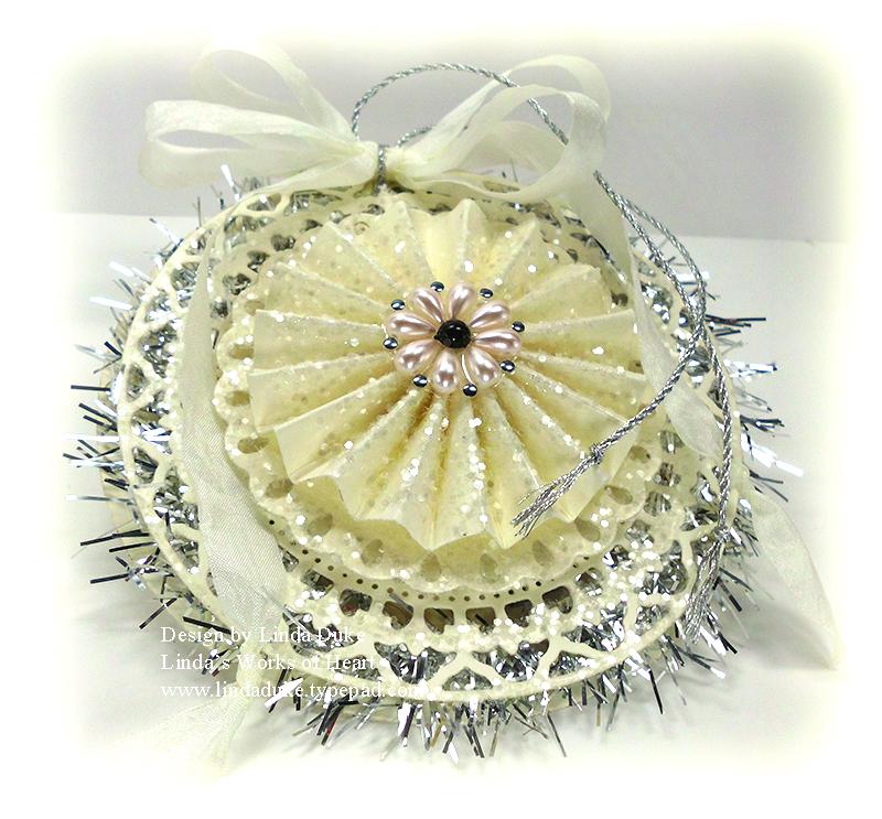 10-31-12 Tinsel Ornament 3
