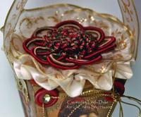 Vintage_santa_top_close_up